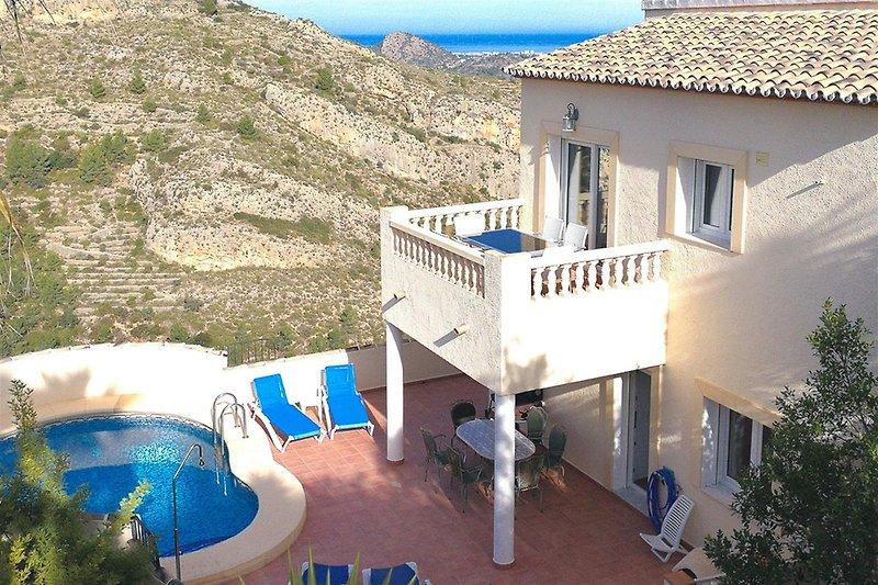 Genießen Sie Natur, Aussicht, Sonne und den Komfort der Villa