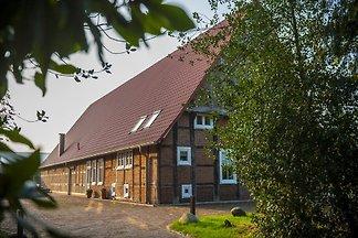 Ferienhof Bünne, grosser Garten und Terrasse