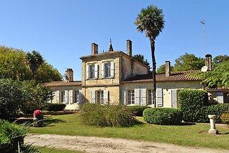 Semi-detached house, Talais