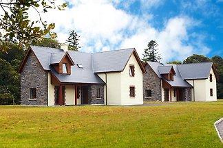 Maisons de vacances Ardnagashel Woods,...