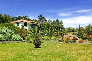 Villa, Santo António da Serra