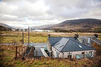 Doppelhaushälfte, Lochearnhead