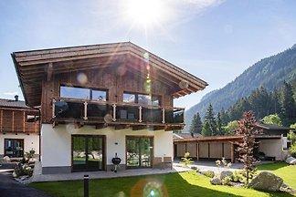 Ferienresort Das Dorf, Wald im Pinzgau
