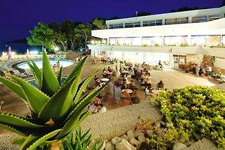 Apartments Adriatiq Resort Fontana, Jelsa
