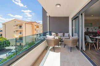 Apartment Ivona 6, Promajna