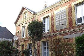 Terraced house, Etretat