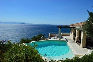 Villa Paradiso P1106