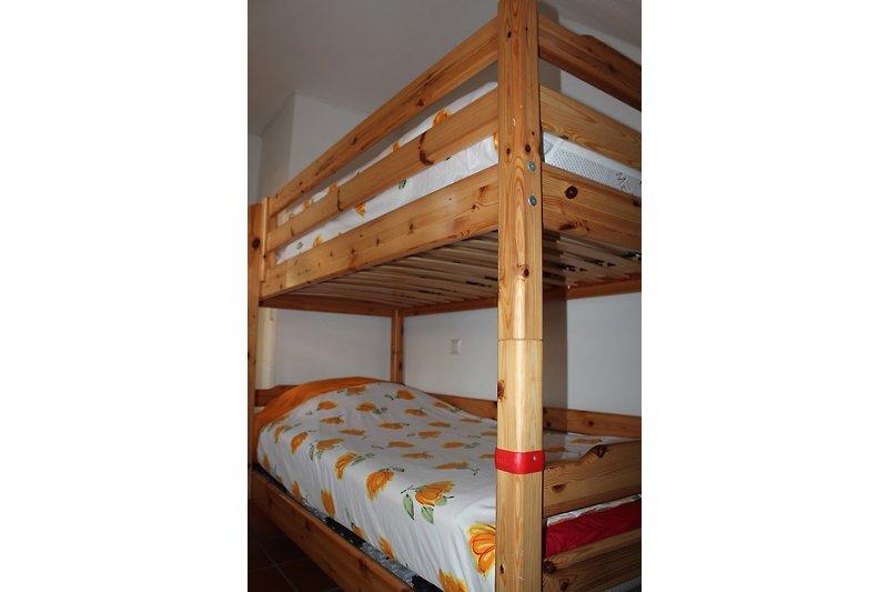 ideal f r familien d58 6per garten ferienwohnung in dranske mieten. Black Bedroom Furniture Sets. Home Design Ideas