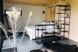 Wooden Lodge Maemae