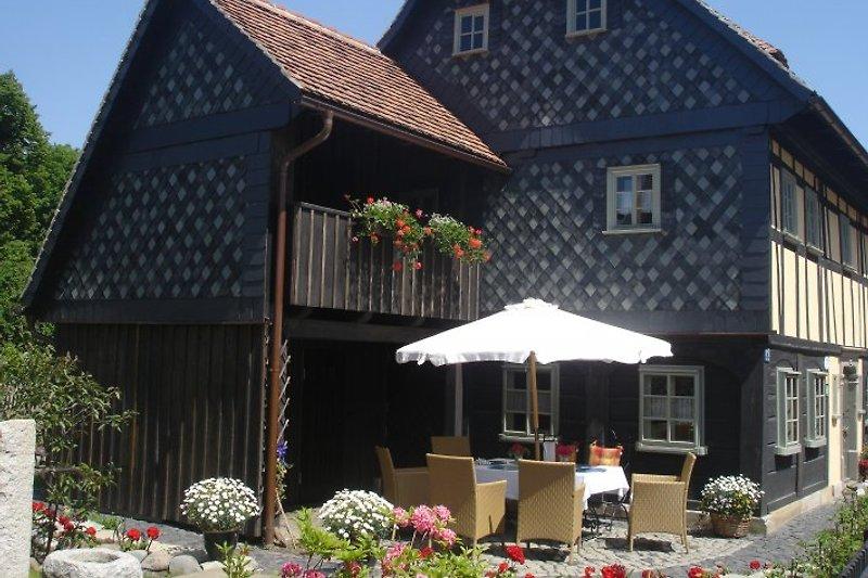 Inselhaus mit Garten