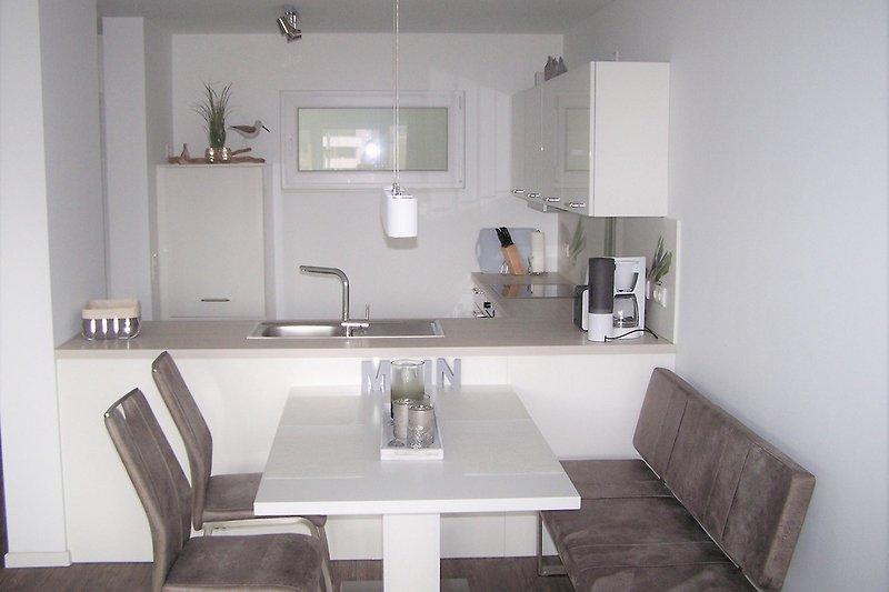 Küche-/ Essbereich