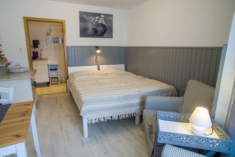 erhohlsamer Schlaf im gemütlichen Doppelbett