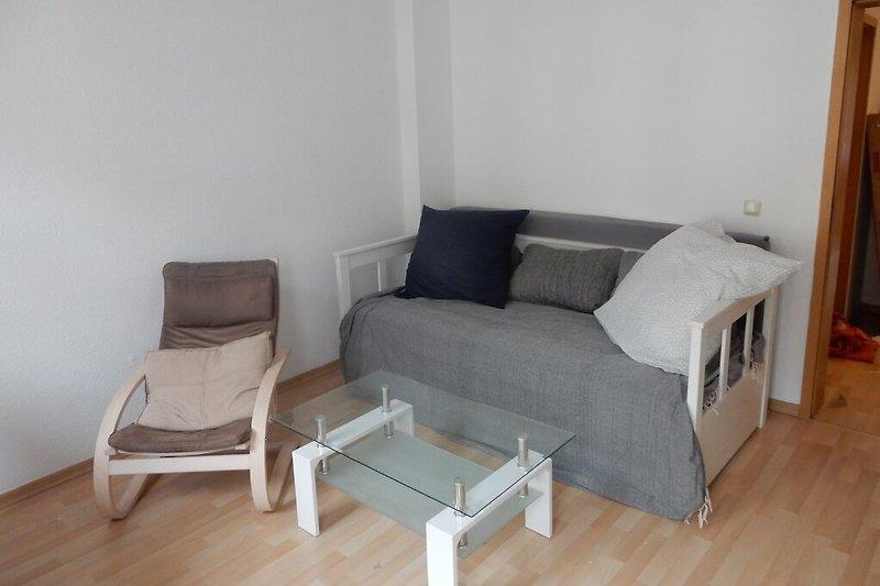 Wohnzimmer / Schlafcouch
