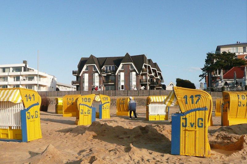 Residenz Meeresbrandung  mit Strandkörbe