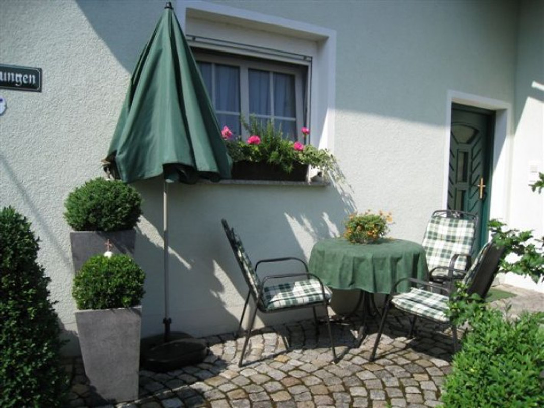 fewo schmetterlingsgarten ferienwohnung in bamberg. Black Bedroom Furniture Sets. Home Design Ideas