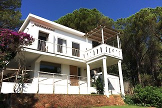 House 300m from the beach