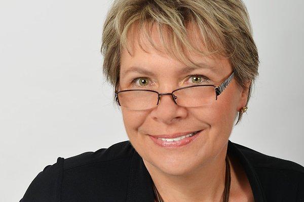 Frau M. Jakubowski