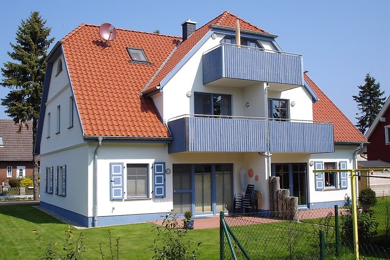 Südseite mit Balkon
