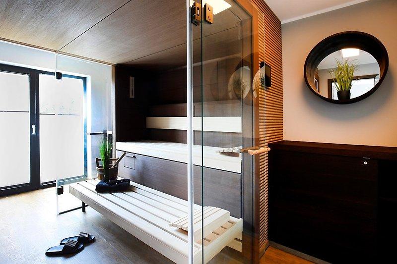 Luxus Sauna für 6 Persoenen