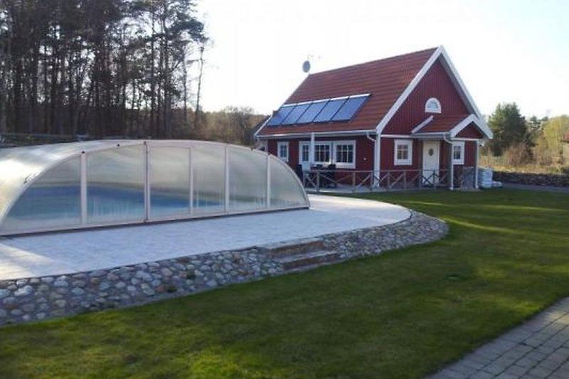 Garten med Pool