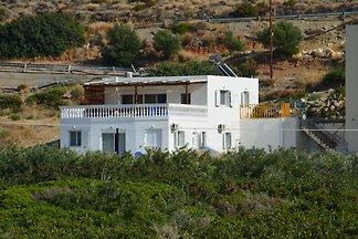 Geräumige Villa in Makry Gialos mit Blick auf...
