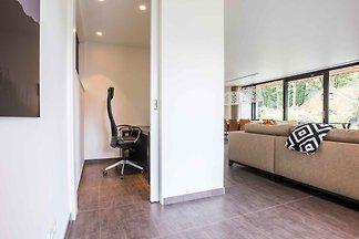 Luxuriöses moderne Villa mit Geschirrspüler, ...