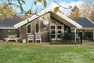 Sonniges Ferienhaus in Jütland mit Sauna
