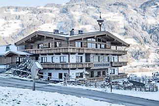 Bauernhaus in Schwendau mit Skilagerraum, Hei...