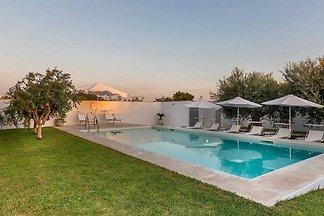 Hübsches Ferienhaus in Santa Maria del Focall...