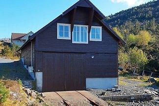 6 Personen Ferienhaus in Svelgen
