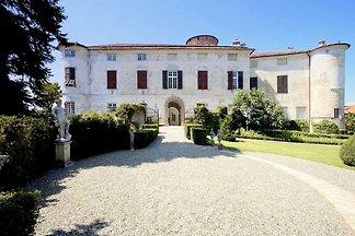 Luxuriöse Ferienwohnung mit Garten in Rocca...