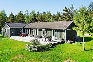 7 person holiday home in GRÄSÖ
