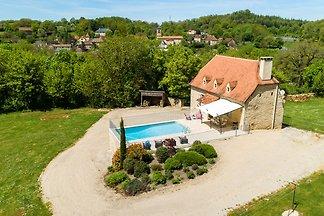 Wunderschönes Ferienhaus in Thémines mit eige...
