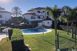 Gemütliche Wohnung in LA BARROSA mit Pool