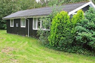 Uriges Ferienhaus in Roslev in Meeresnähe