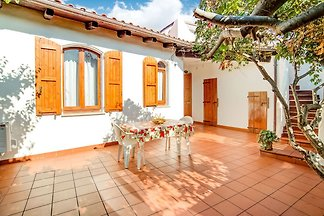 Suave Villa in La Ciaccia mit Garten und...