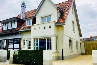 Luxuriöse Villa in De Haan nahe Strand und...
