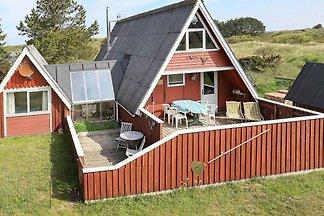 Modernes Ferienhaus in Hirtshals mit Terrasse