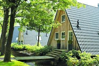 Romantisches Cottage mit Sonnendusche inmitte...