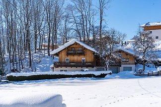 Besonderes Ferienhaus mit eigener Terrasse be...