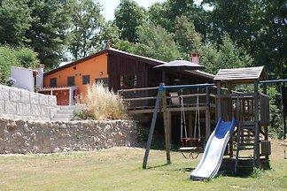 Charmante maison de vacances avec piscine à...