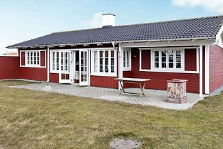 Vintage Holiday Home in Aabenraa with Swimmin...