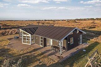 Geräumiges Ferienhaus in Lokken mit Sauna