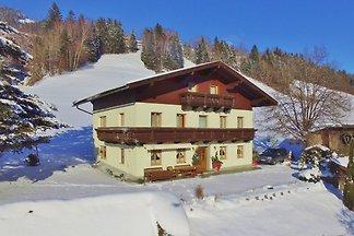 Geräumige Wohnung in Taxenbach mit Garten