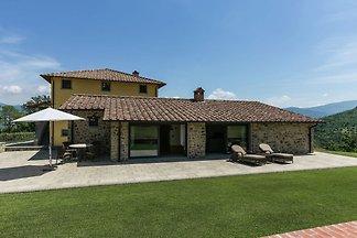 Wunderschönes Landhaus in Poppi mit Pool