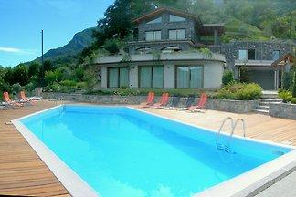 Ruhige Villa in der Lombardei in Waldnähe