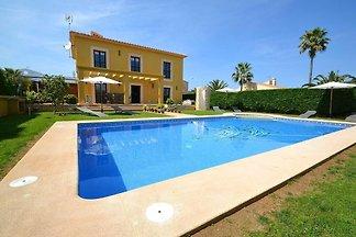 Luxuriöse Villa mit Jacuzzi in Sa Coma...
