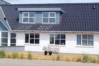 Modernes Ferienhaus in Jütland am Meer