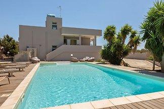 Erfrischende Villa in Ugento mit privatem...