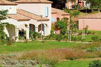 Einfamilienhaus mit Terrasse oder Loggia, im...